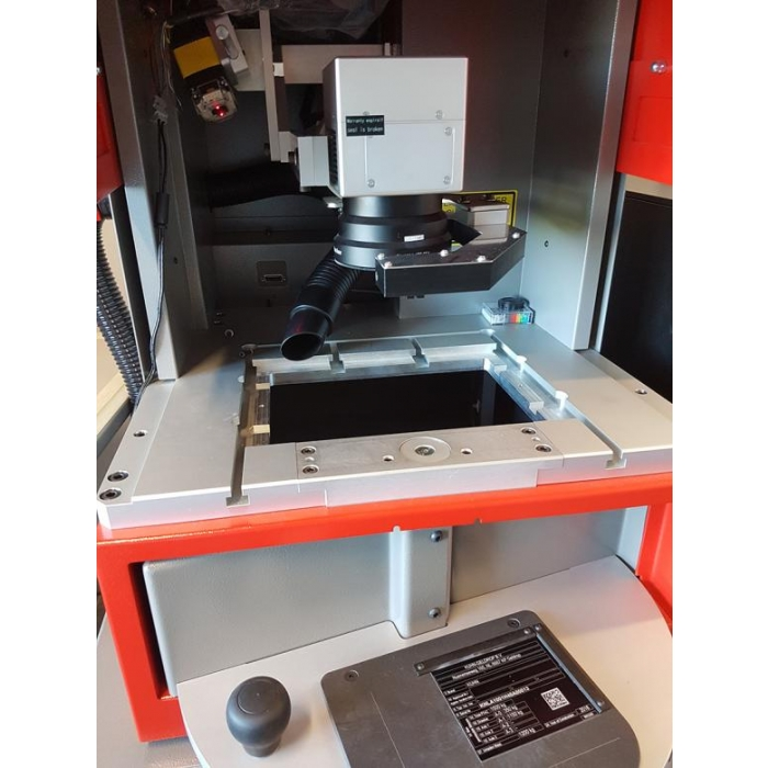 SIC Marking XL-Box Laser System